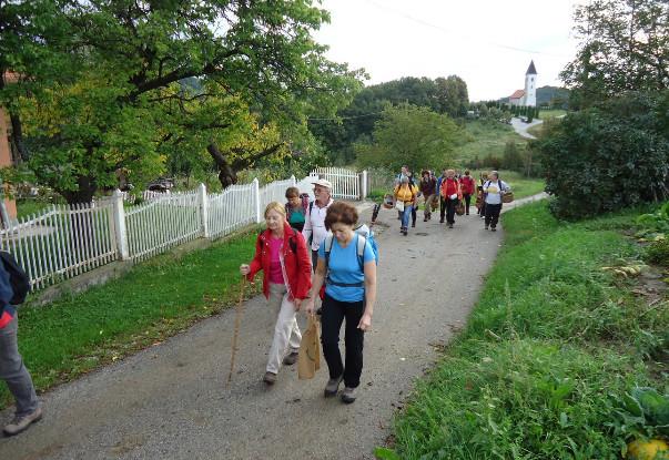 Hodanje smo započeli od kapele sv. Jurja u Planini Donjoj.